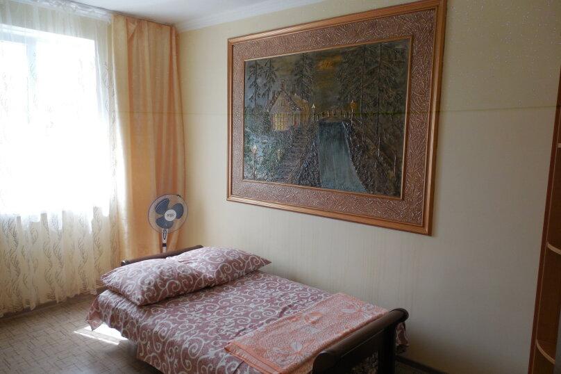 Частный дом 2x комнатный, 45 кв.м. на 4 человека, 2 спальни, Сурожская улица, 13, Судак - Фотография 6