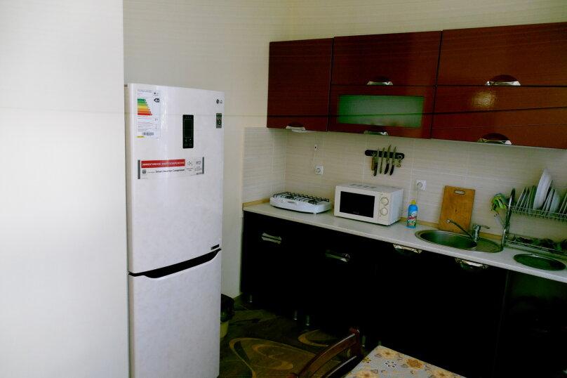 Частный дом 2x комнатный, 45 кв.м. на 4 человека, 2 спальни, Сурожская улица, 13, Судак - Фотография 13