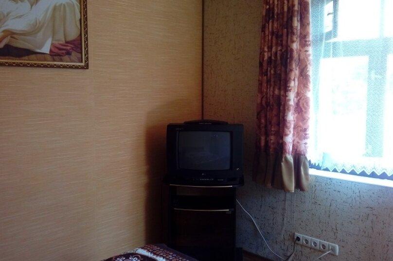"""Гостевые комнаты """"На Калараша 29"""", улица Калараш, 29 на 2 комнаты - Фотография 6"""