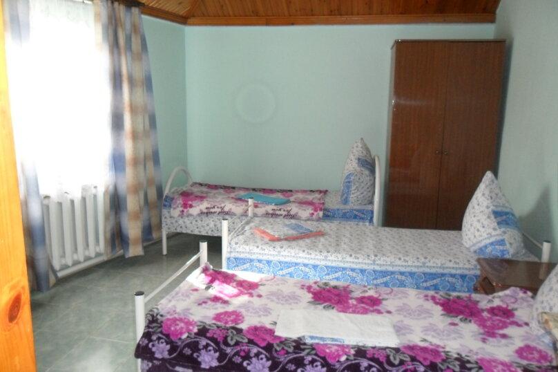 Комнаты для летнего отдыха с удобствами, улица Тургенева, 261 А/2 на 4 комнаты - Фотография 24