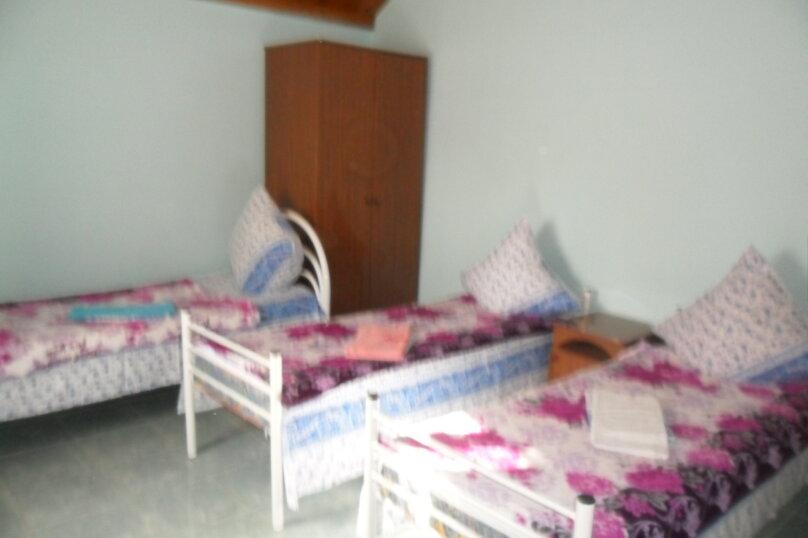 Комнаты для летнего отдыха с удобствами, улица Тургенева, 261 А/2 на 4 комнаты - Фотография 25