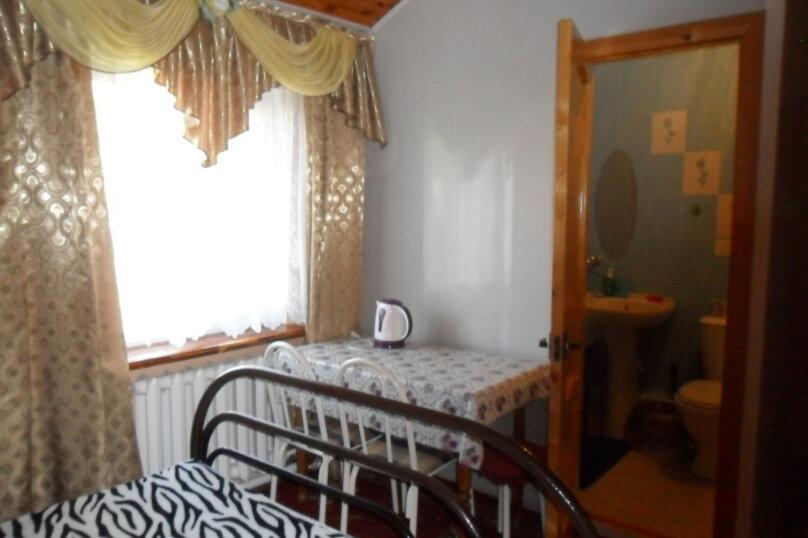 Комнаты для летнего отдыха с удобствами, улица Тургенева, 261 А/2 на 4 комнаты - Фотография 30