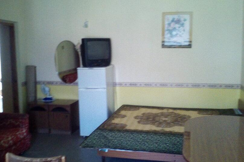 Гостевой дом Людмила, улица Горького, 37 на 9 комнат - Фотография 34