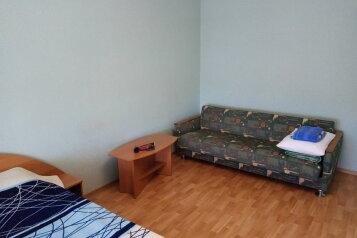 1-комн. квартира, 38 кв.м. на 3 человека, бульвар Старшинова, ,  8а, Динамо, Феодосия - Фотография 2