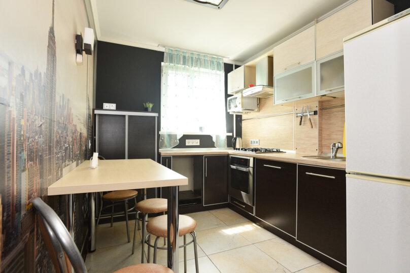 2-комн. квартира, 42 кв.м. на 6 человек, улица Академика Бардина, 38, Екатеринбург - Фотография 4