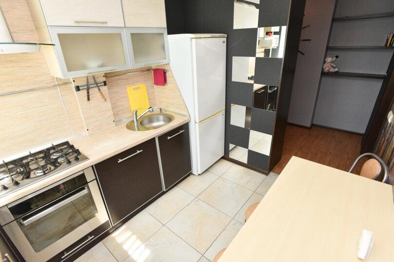 2-комн. квартира, 42 кв.м. на 6 человек, улица Академика Бардина, 38, Екатеринбург - Фотография 6