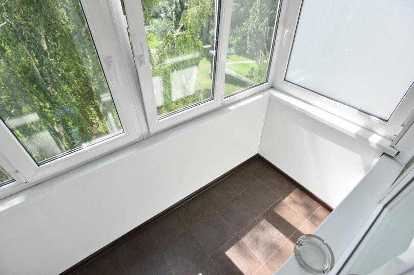 2-комн. квартира, 42 кв.м. на 6 человек, улица Академика Бардина, 38, Екатеринбург - Фотография 16