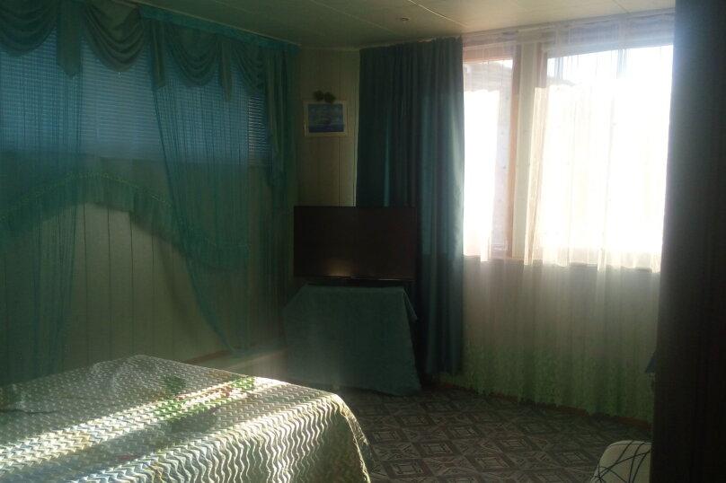 Двухкомнатный номер на 3-м этаже, улица Ленина, 9, Морское - Фотография 1