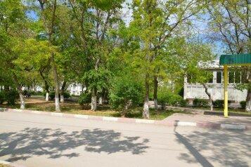 1-комн. квартира, 27 кв.м. на 3 человека, Адмиральский бульвар, Феодосия - Фотография 2