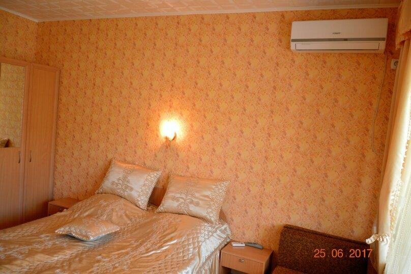 """Гостевой дом """"На Калинина 32"""", улица Калинина, 32 на 8 комнат - Фотография 40"""