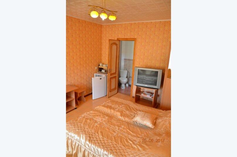 """Гостевой дом """"На Калинина 32"""", улица Калинина, 32 на 8 комнат - Фотография 41"""