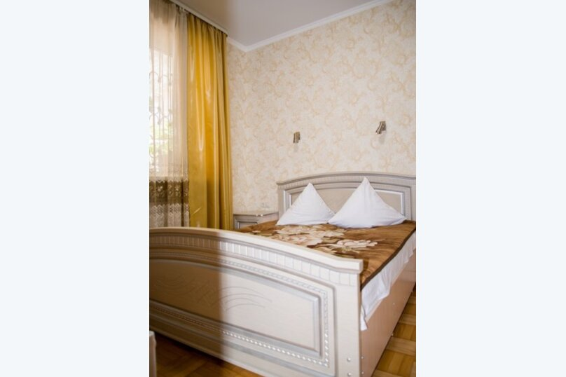 """Гостевой дом """"Кариота"""", улица Мира, 21А на 6 комнат - Фотография 99"""