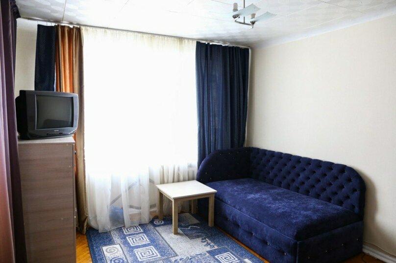 1-комн. квартира, 38 кв.м. на 3 человека, Ботанический проезд, 15, Ставрополь - Фотография 1