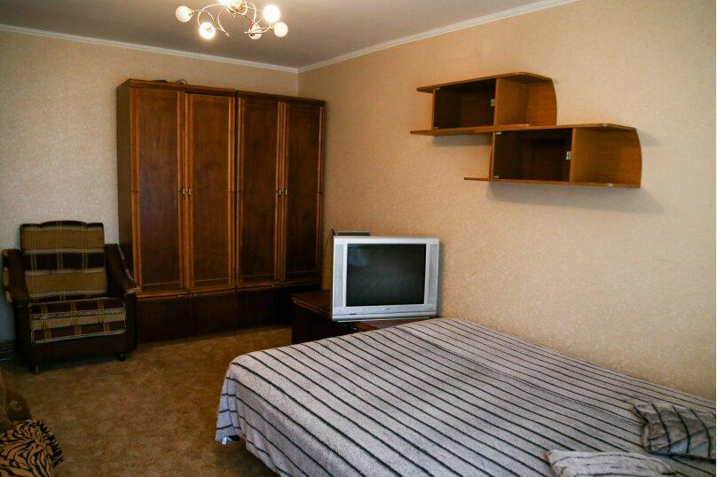 1-комн. квартира, 38 кв.м. на 5 человек, улица Коста Хетагурова, 26, Ставрополь - Фотография 3