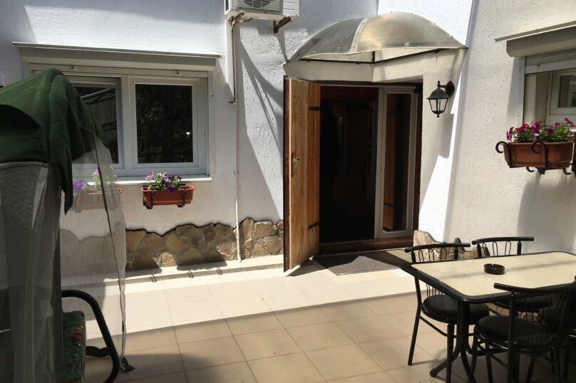 Апартаменты с бильярдом, 4 спальни, 180 кв.м. на 8 человек, 4 спальни, улица Терлецкого, 3, Форос - Фотография 2