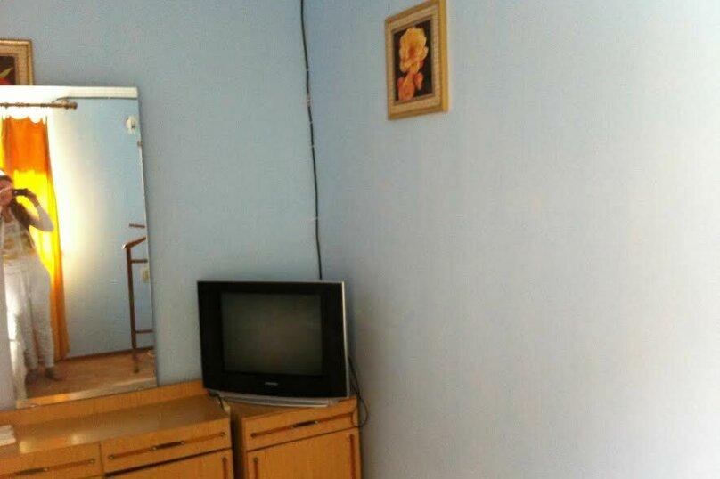 Двухэтажный коттедж у моря, 35 кв.м. на 3 человека, 1 спальня, проспект  Ленина, 15А, Евпатория - Фотография 4