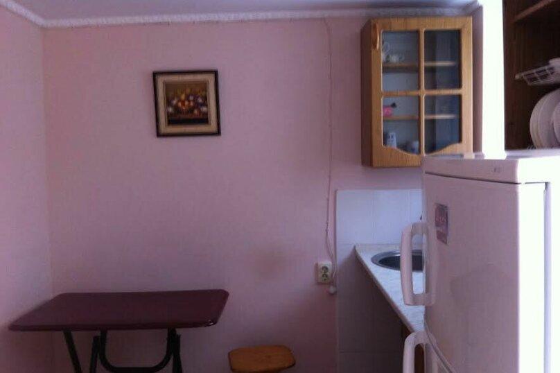 Двухэтажный коттедж у моря, 35 кв.м. на 3 человека, 1 спальня, проспект  Ленина, 15А, Евпатория - Фотография 7
