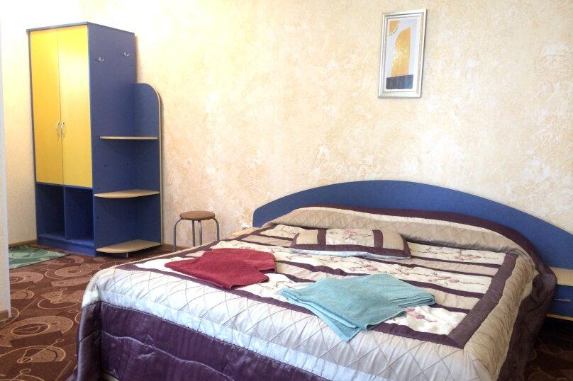 Отдельно стоящий коттедж на 5 номеров, Набережная улица, 16В, Алушта - Фотография 1