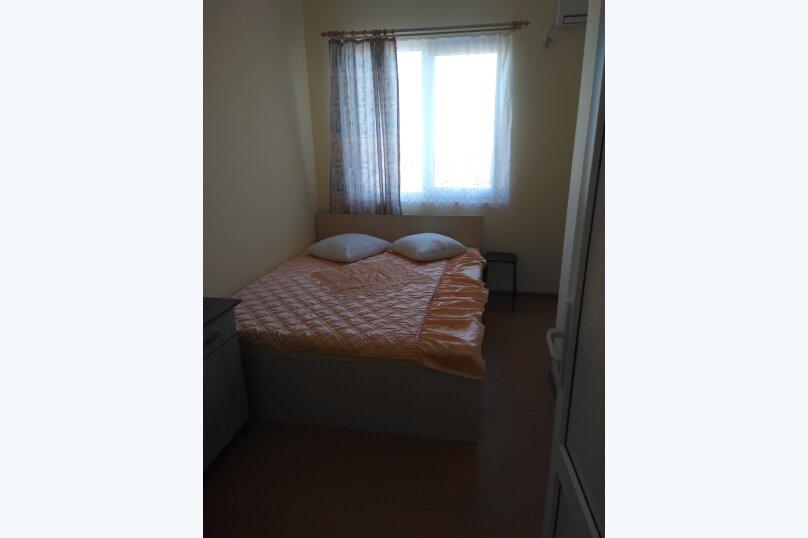 2-х местный номер с удобствами(3 этаж), Приморская, 18, Солнечногорское - Фотография 1