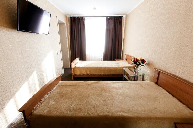 Стандартный номер с двумя раздельными кроватями , улица Громовой, 39, Тольятти - Фотография 1