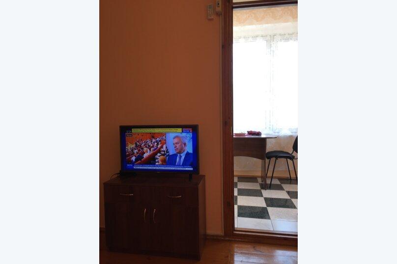 """Гостевой дом """"На Ленина 90"""", улица Ленина, 90 на 4 комнаты - Фотография 16"""