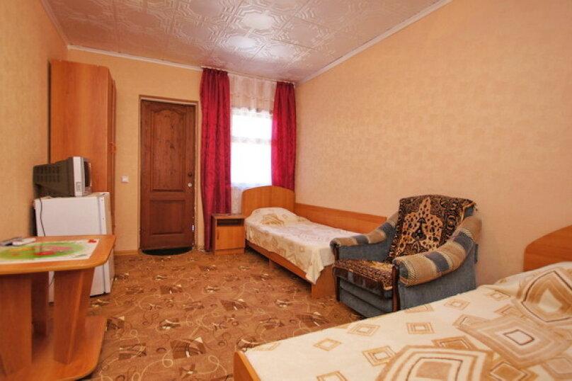"""Гостевой дом """"Кубаночка"""", Кубанская, 3 на 16 комнат - Фотография 119"""