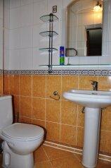 Трех комнатный люкс, 90 кв.м. на 8 человек, 3 спальни, 2-й Черноморский переулок, 10, Витязево - Фотография 4