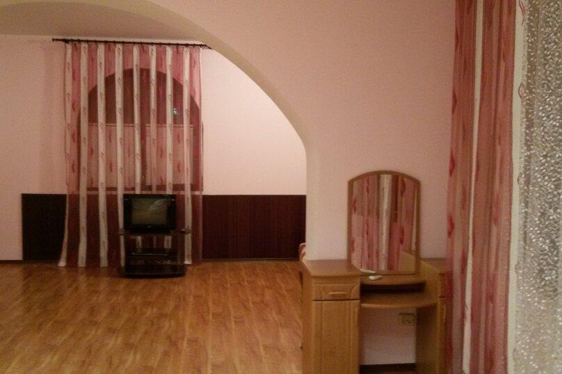 "Гостевой дом ""На Изергина 3"", улица Изергина, 3 на 5 комнат - Фотография 26"