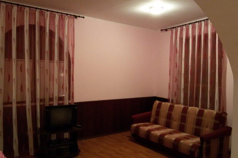 "Гостевой дом ""На Изергина 3"", улица Изергина, 3 на 5 комнат - Фотография 27"