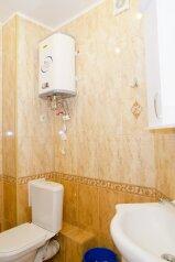 1-комн. квартира, 40 кв.м. на 3 человека, улица 25 лет Октября, Омск - Фотография 3