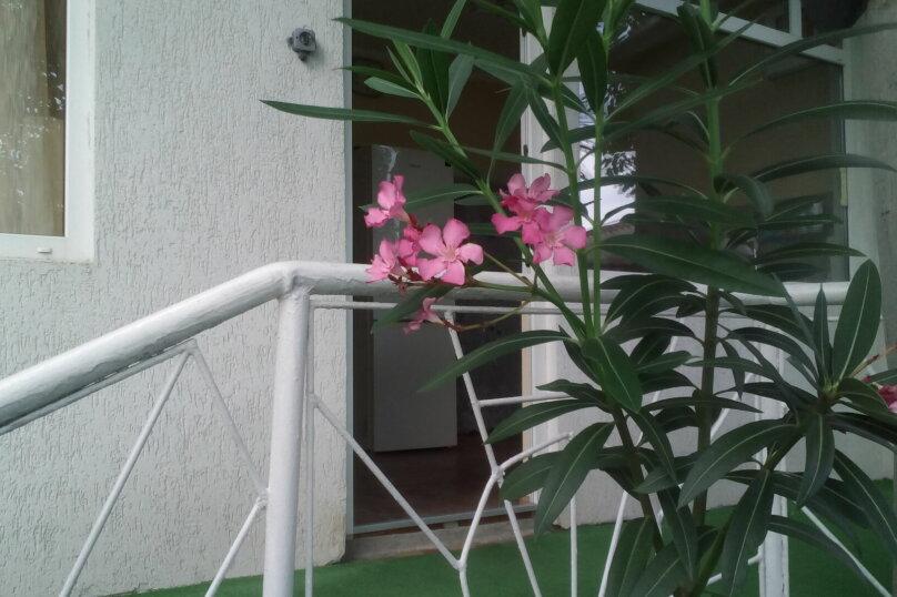 """Гостиница """"На переулке Калинина 2"""", переулок Калинина, 2 на 3 комнаты - Фотография 11"""
