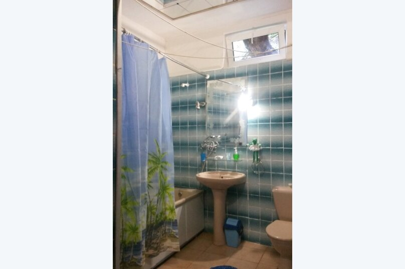 2-комн. квартира, 65 кв.м. на 6 человек, улица Коминтерна, 3, Кисловодск - Фотография 10