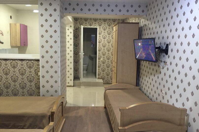 """Гостевой дом """"Евгения"""", Звездная улица, 20Б на 9 комнат - Фотография 2"""