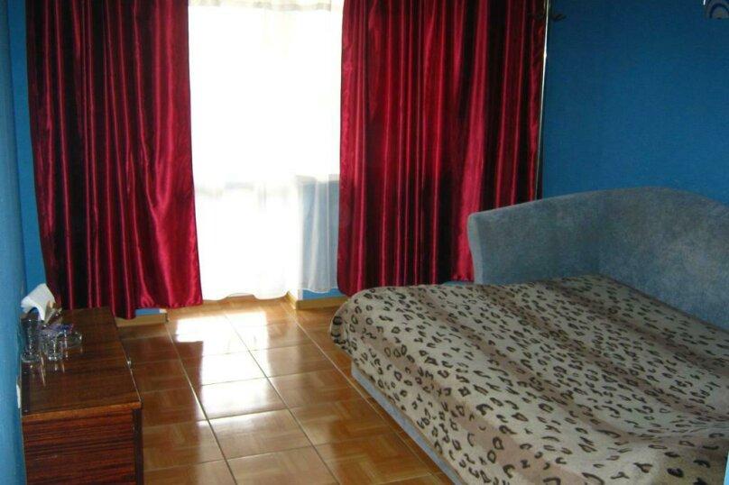 Комфорт Семейный с двумя двуспальными кроватями, Новороссийская улица, 7, Барнаул - Фотография 2