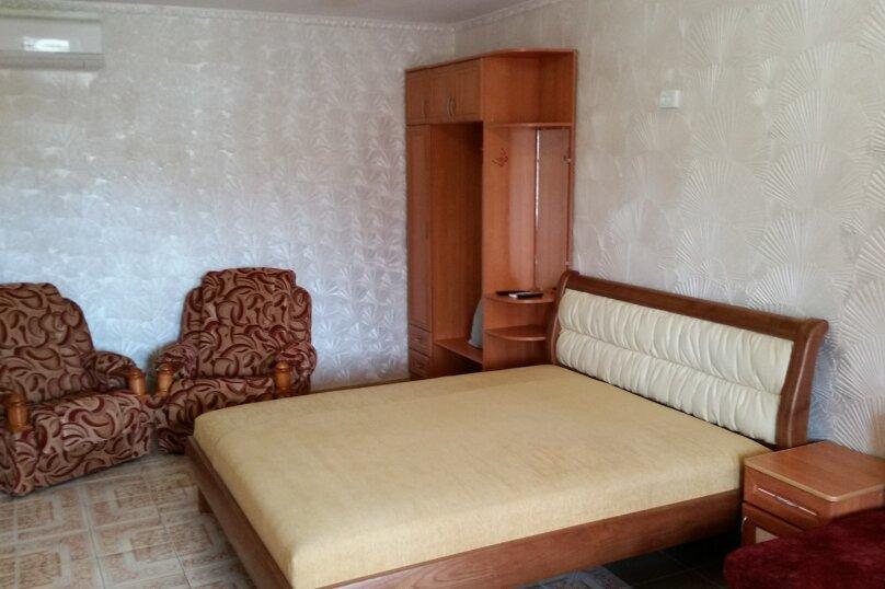 "Гостиница ""На Антонова 27"", улица Антонова, 27 на 12 комнат - Фотография 8"