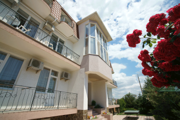 Гостевой дом, Заозерное, ул.Курортная  на 29 номеров - Фотография 2