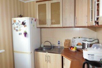 Дом двухкомнатный, 42 кв.м. на 4 человека, 1 спальня, Восточное шоссе, Судак - Фотография 3