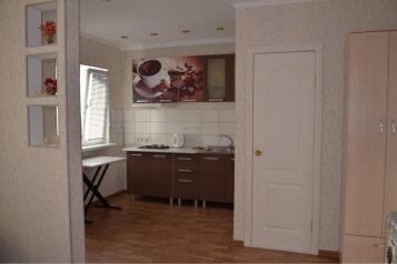 Дом однокомнатный, 25 кв.м. на 4 человека, 1 спальня, Восточное шоссе, Судак - Фотография 1
