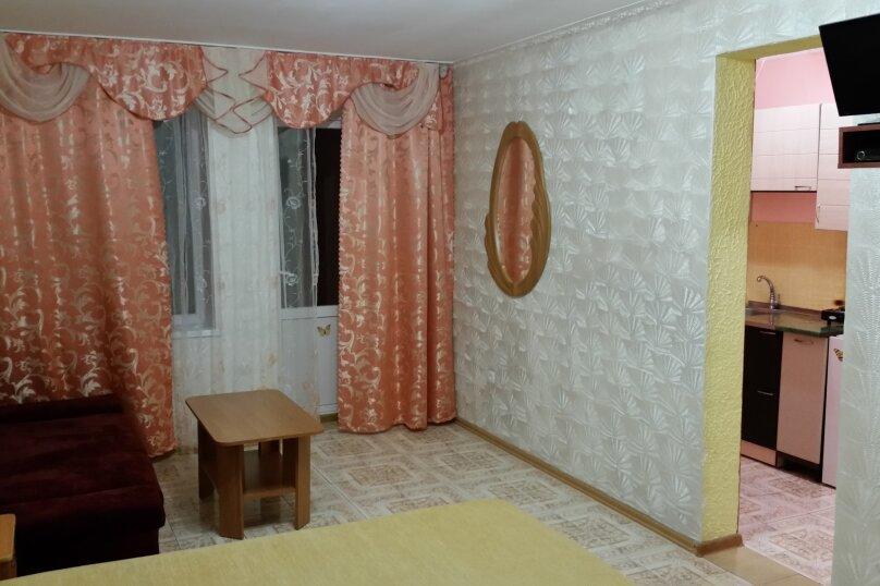 "Гостиница ""На Антонова 27"", улица Антонова, 27 на 12 комнат - Фотография 15"