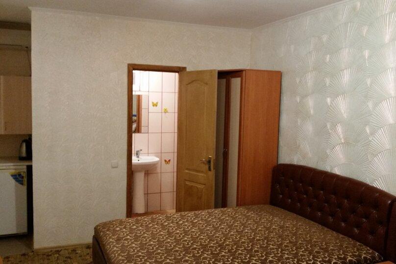 "Гостиница ""На Антонова 27"", улица Антонова, 27 на 12 комнат - Фотография 17"