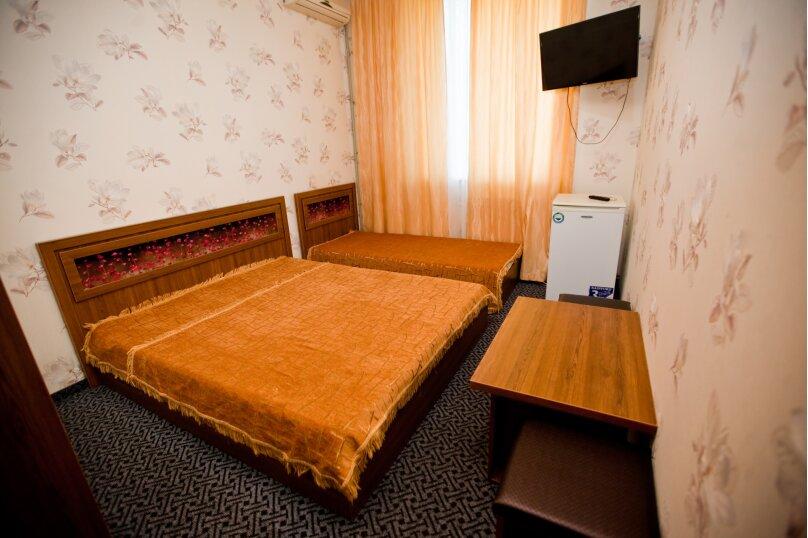 3-х местный стандарт, Черноморская набережная, 36Г, Феодосия - Фотография 1