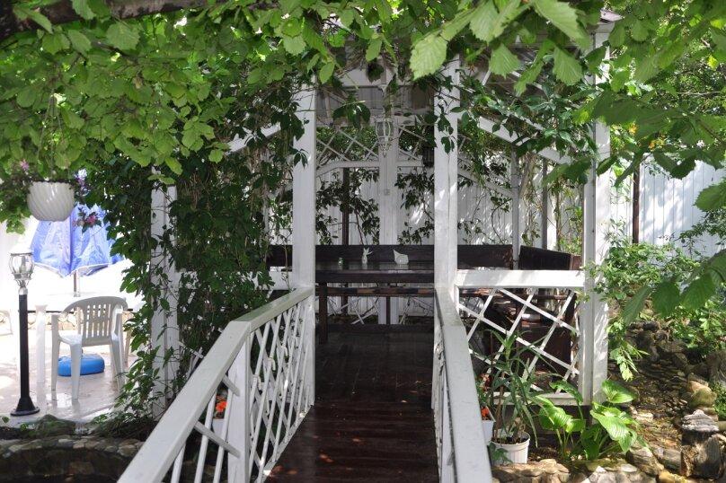 "Комнаты для отпуска ""Кипарис"", улица Мира, 26Б на 10 комнат - Фотография 35"
