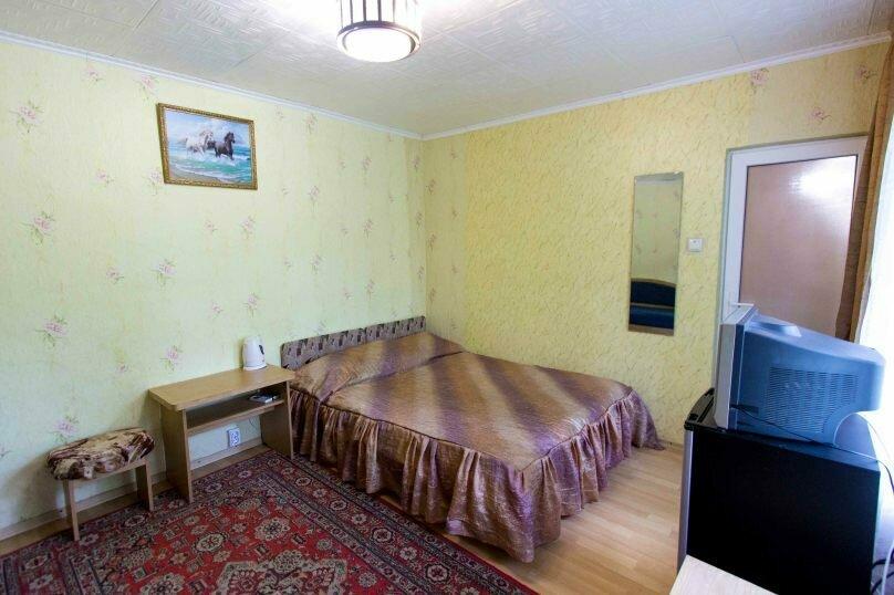 """Гостевой дом """"Николь"""", улица Спендиарова, 18 на 8 комнат - Фотография 12"""