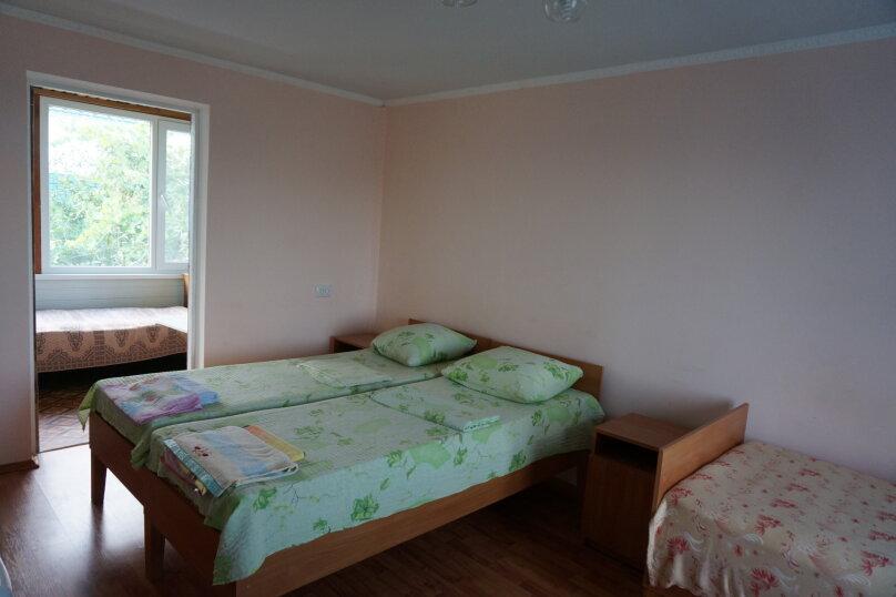 """Гостевой дом """"Приморский"""", улица Бусина, 2 на 12 комнат - Фотография 36"""
