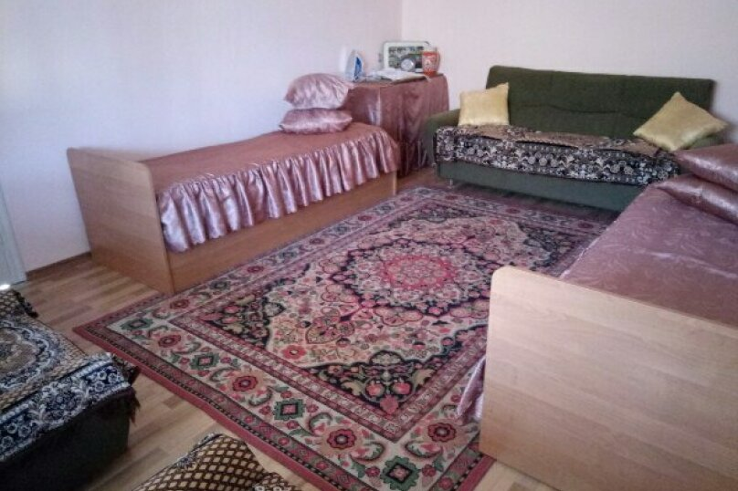 Дом, 100 кв.м. на 10 человек, улица Джами, 25, Судак - Фотография 3