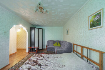 1-комн. квартира, 36 кв.м. на 4 человека, проспект Ленина, Нижний Новгород - Фотография 1