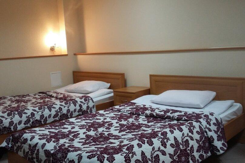 Гостиница ПРИОРАТ, улица Чкалова, 59 на 16 номеров - Фотография 2