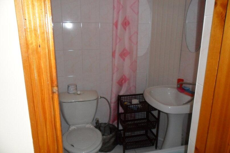 Комнаты для летнего отдыха с удобствами, улица Тургенева, 261 А/2 на 4 комнаты - Фотография 49