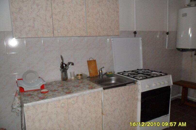 Комнаты для летнего отдыха с удобствами, улица Тургенева, 261 А/2 на 4 комнаты - Фотография 42