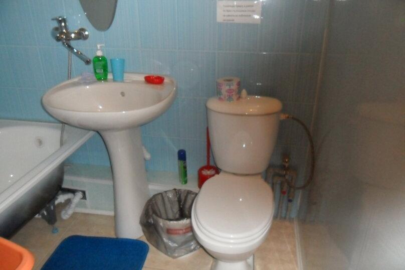 Комнаты для летнего отдыха с удобствами, улица Тургенева, 261 А/2 на 4 комнаты - Фотография 43